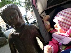 Mila trifft Gretel.
